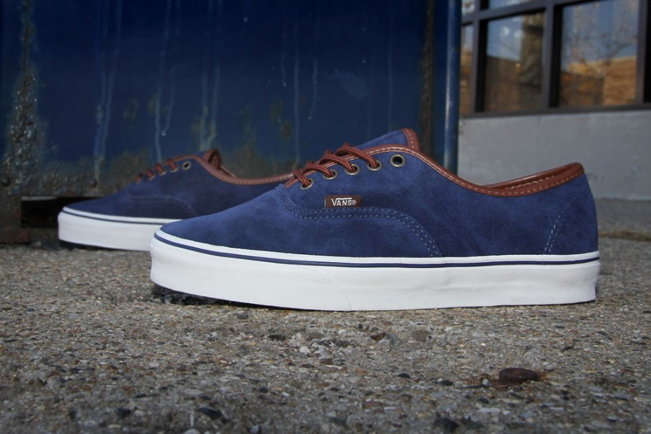 "Image of Vans Authentic ""Peacoat"""