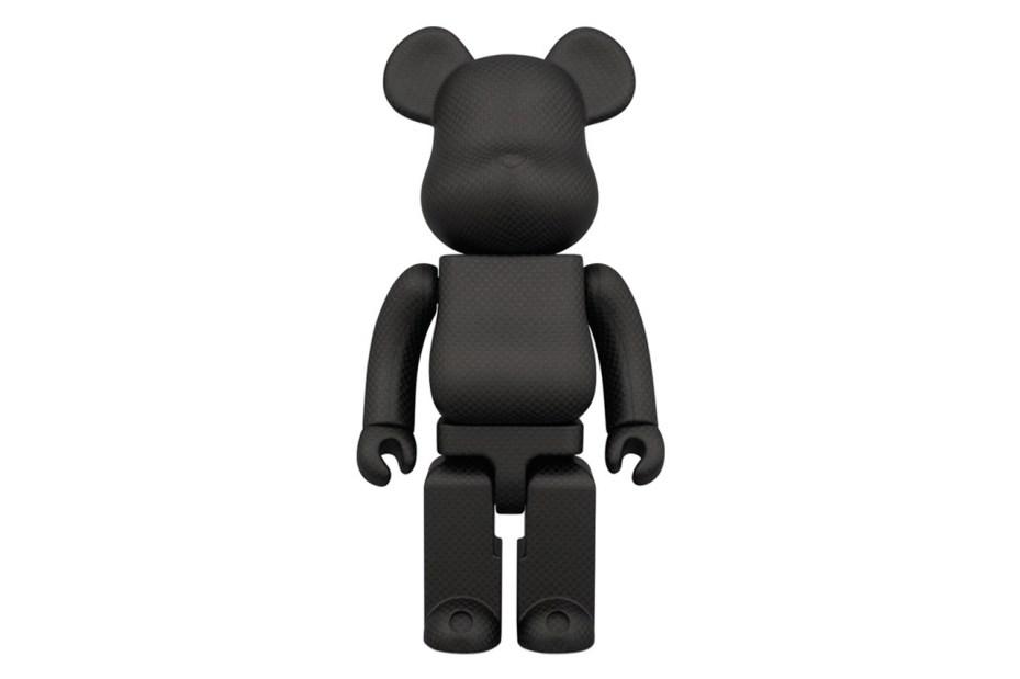 Image of Amirex x Medicom Toy 400% Dry Carbon Fiber Bearbrick