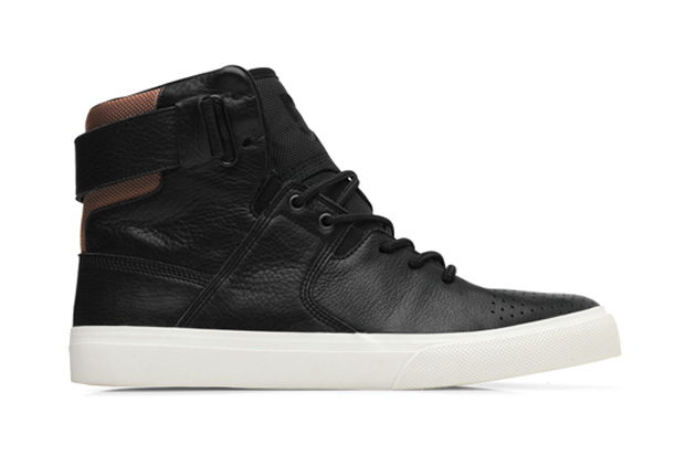 Image of DC Shoes Graduate LX