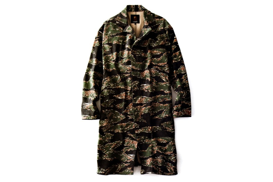 Image of Mr. Bathing Ape 2012 Fall/Winter Tiger Camo Single Coat
