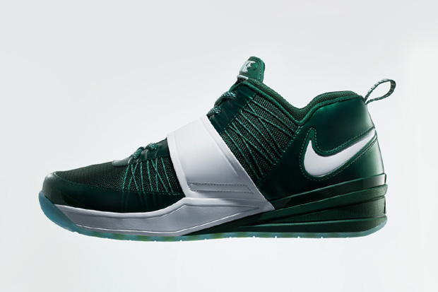 Image of Nike Launches Darrelle Revis' New Signature Shoe - The Nike Zoom Revis