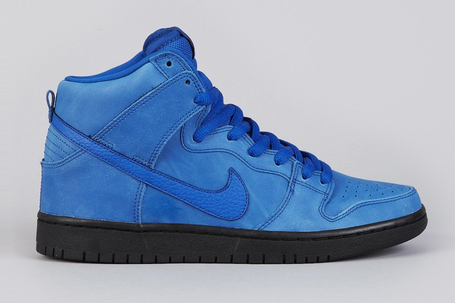"Image of Nike SB Dunk High Pro ""Game Royal/Black"""