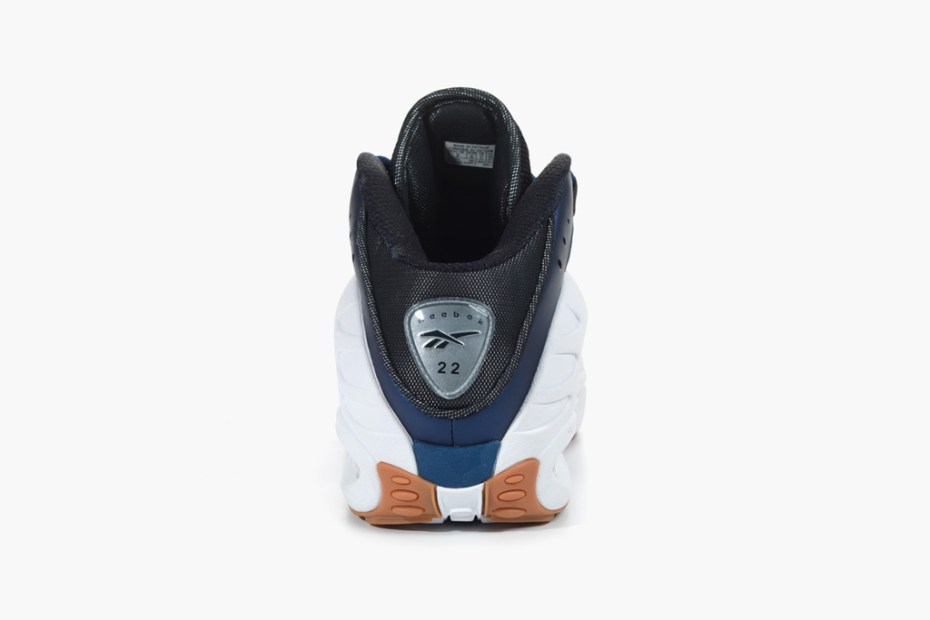 Image of Reebok Classics Brings Back Emmitt Smith's Signature ES22