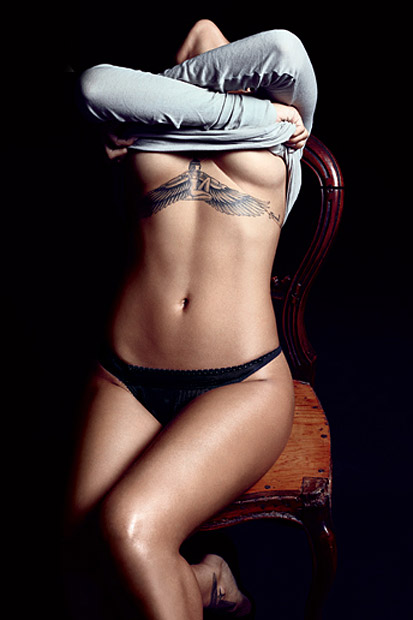"Image of GQ Names Rihanna Its ""Obsession of the Year"" in Latest Photo Feature"