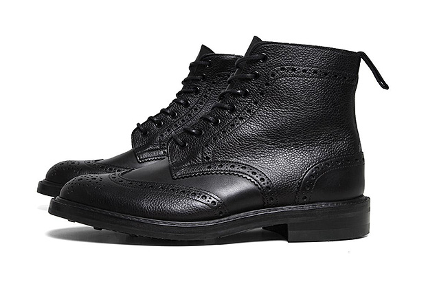 Image of SOPHNET. x Trickers 2012 Fall/Winter Pebbled Wingtip Boot