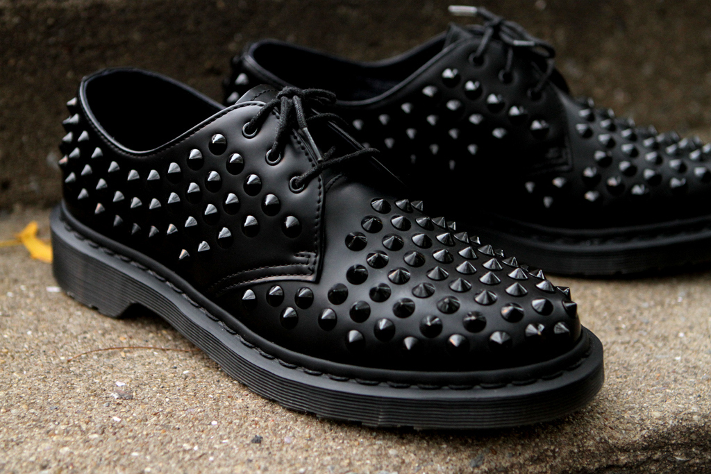 Image of Dr. Martens Harlen Spike