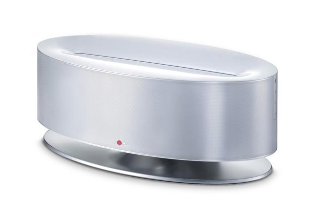 Image of LG Wireless Dual Docking Speaker