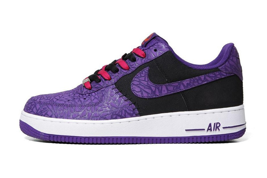 "Image of Nike Air Force 1 LE ""Godzilla Pack"""