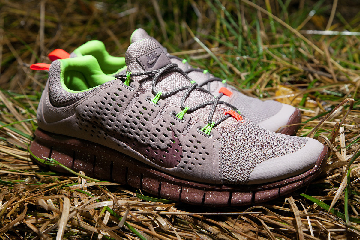 Image of Nike Free Powerlines+ II