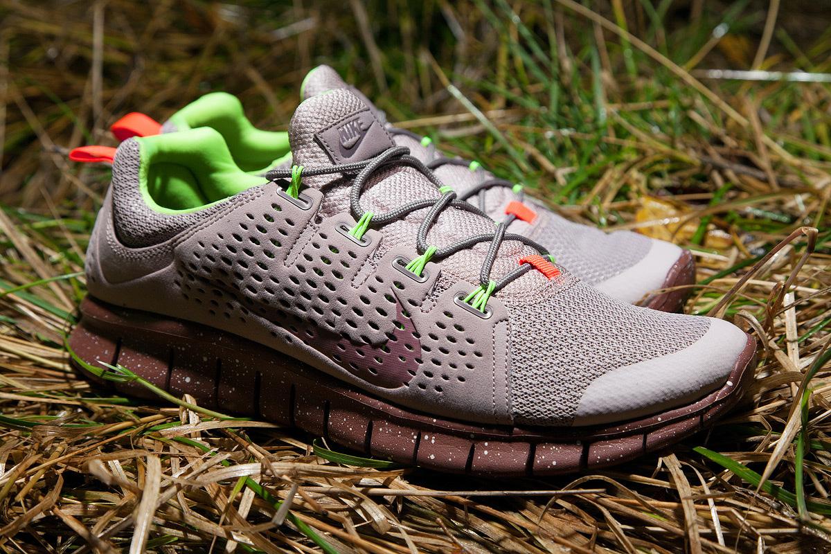 Image of Nike Free Powerlines+ II