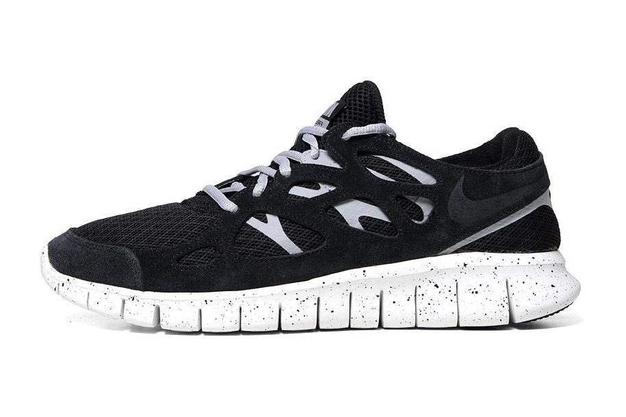 "Image of Nike Sportswear Free Run+ 2 ""OREO"""