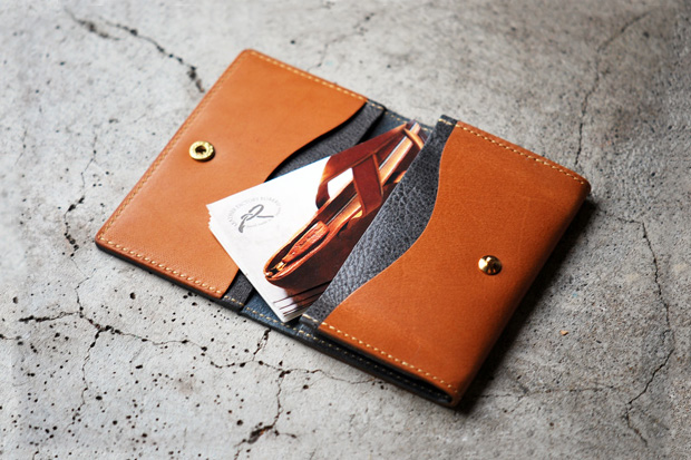 Image of Roberu Leather Card Case
