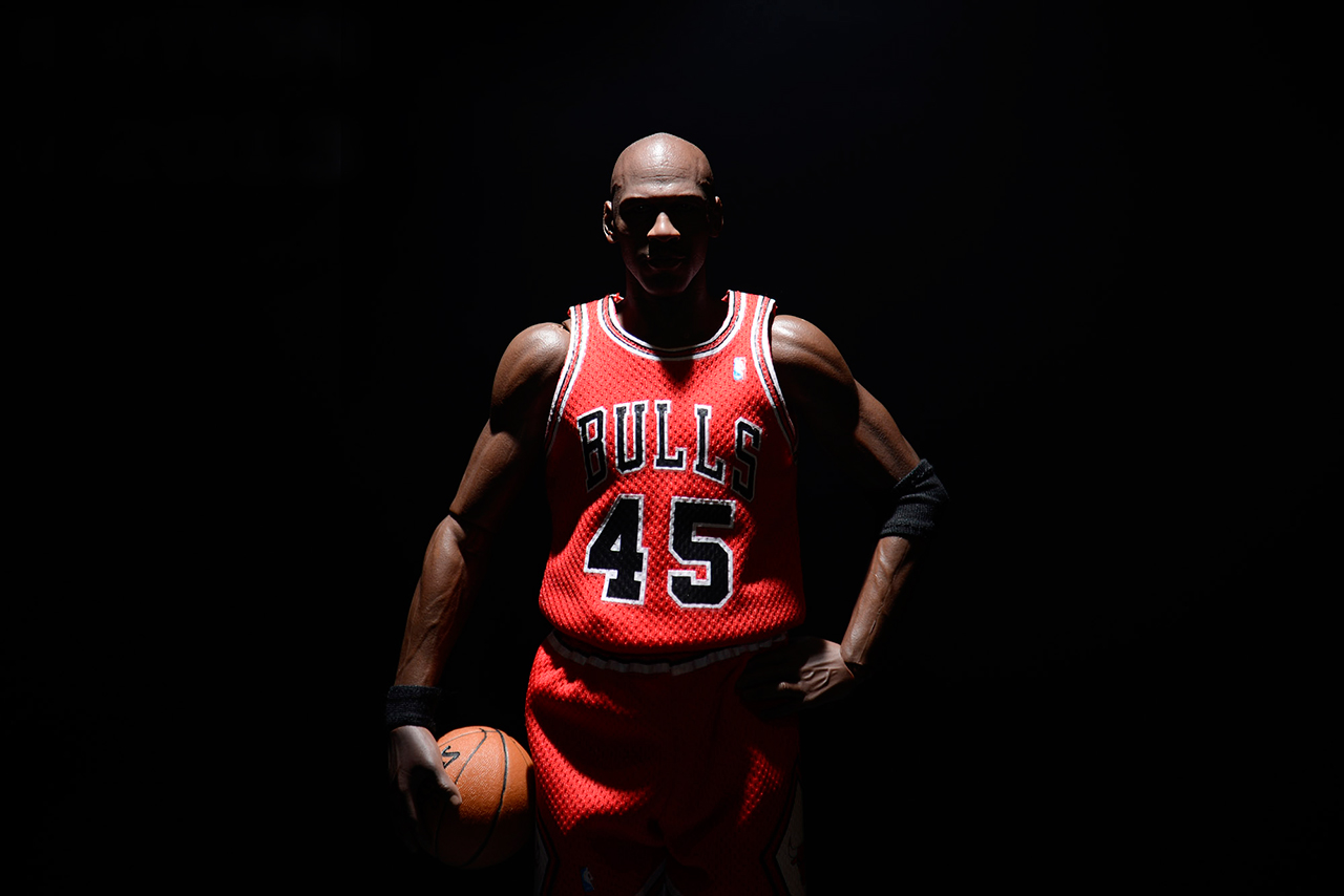 Image of 1/6 Limited edition Real Masterpiece: Michael Jordan (Series 1 I'M BACK!) by ENTERBAY