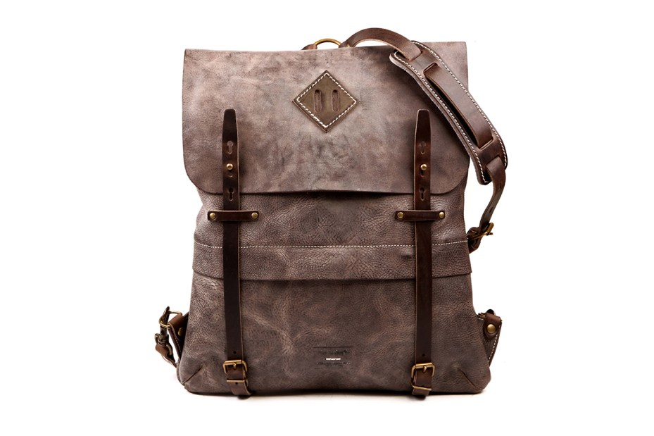 Image of Ateliers Heschung x Bleu de Chauffe Leather Bags Collection