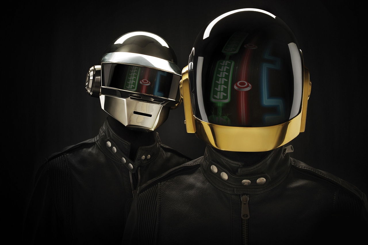 Image of Daft Punk Signs to Columbia, Plans to Release New Album This Spring