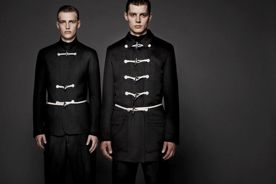 "Image of Dior Homme ""les essentiels 4″ Duffle Coat"