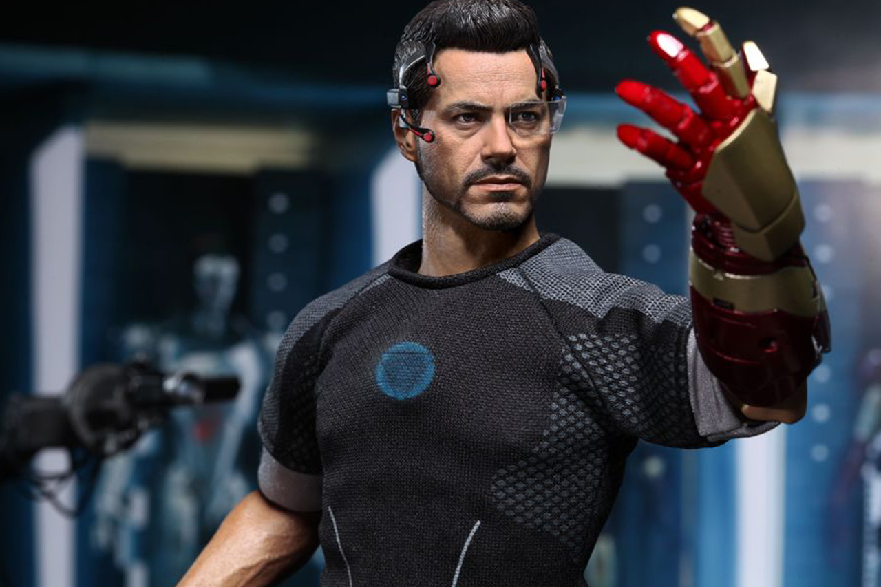 Image of Hot Toys Iron Man 3 Tony Stark Limited Edition Collectible Figure