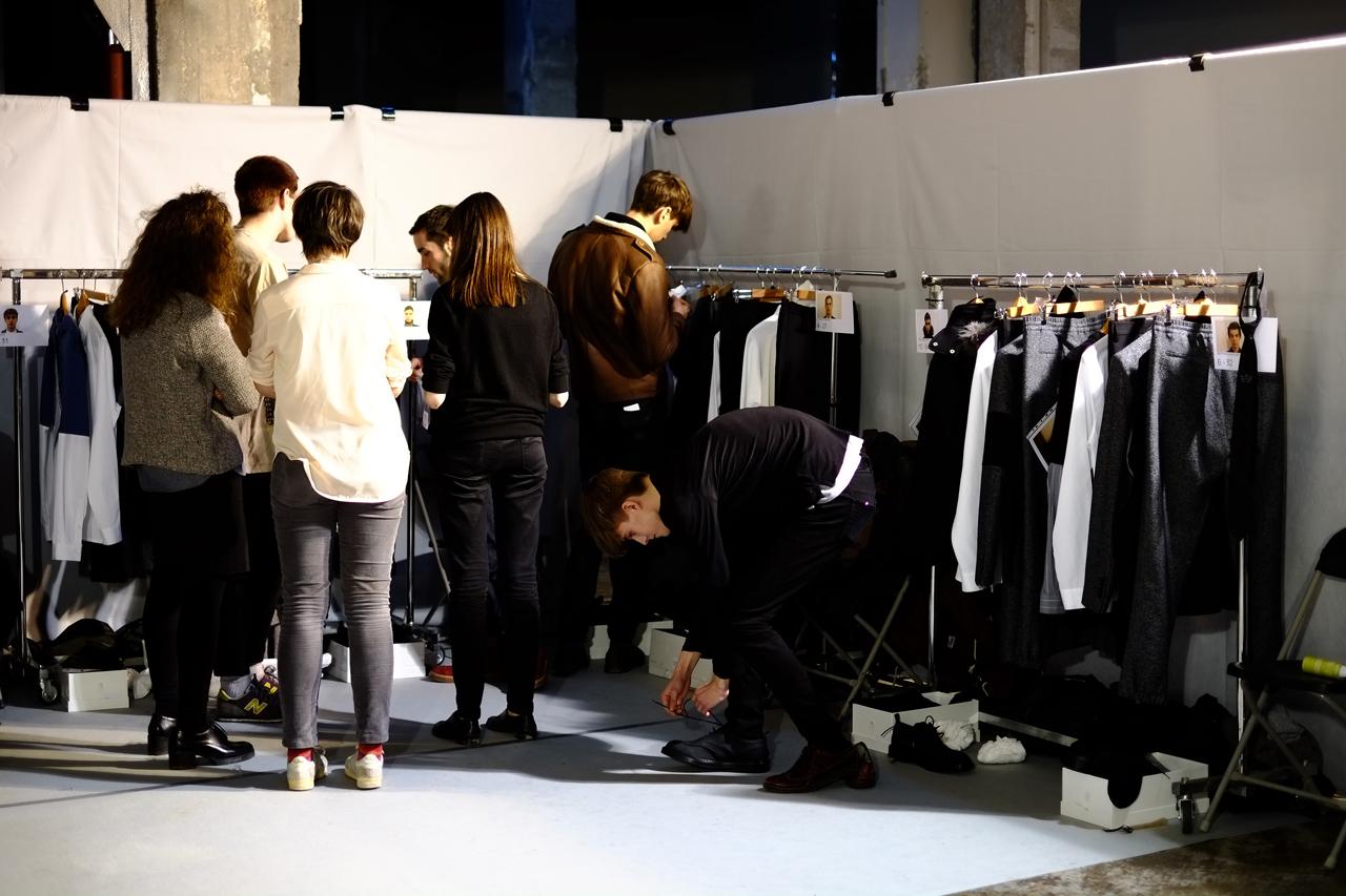 Image of KRISVANASSCHE 2013 Fall/Winter Backstage Visuals