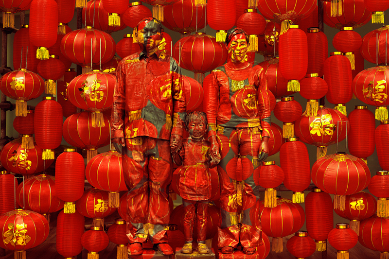 "Image of Liu Bolin ""Hiding in the City"" Exhibition @ Galerie Paris-Beijing"
