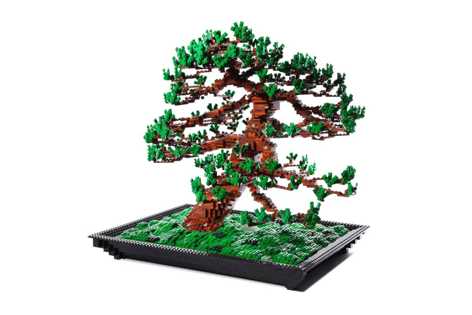 Image of Makoto Azuma Seeks to Make his LEGO Bonsai Pine Tree a Commercial Product