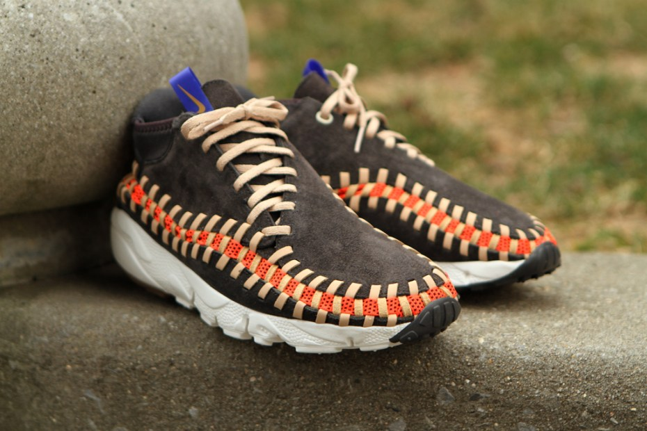 "Image of Nike Air Footscape Woven Chukka Knit ""Night Stadium"""