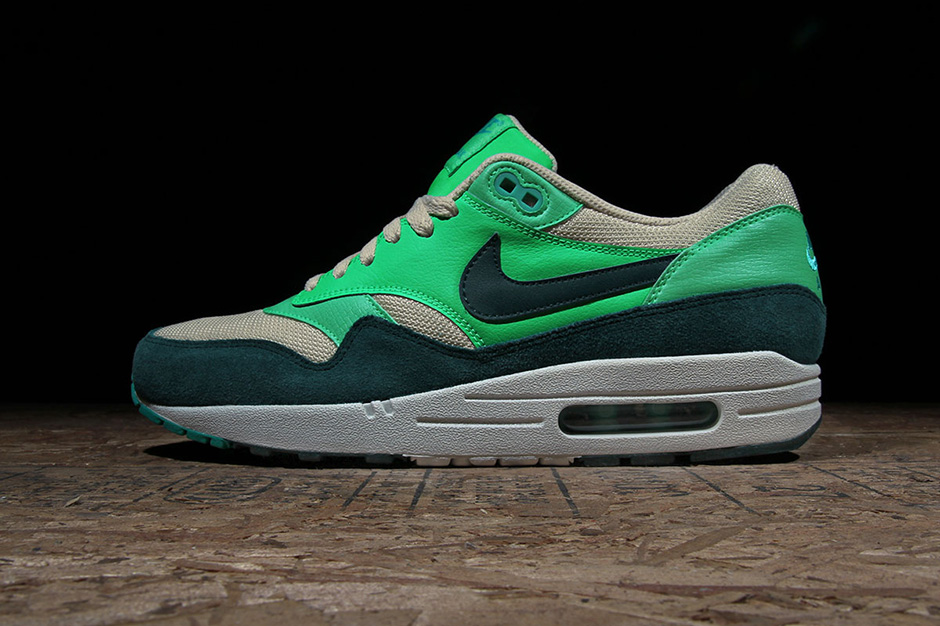 "Image of Nike Sportswear Air Max 1 ""Atomic Teal"""
