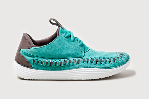 "Image of Nike Solarsoft Moccasin ""Atomic Teal"""