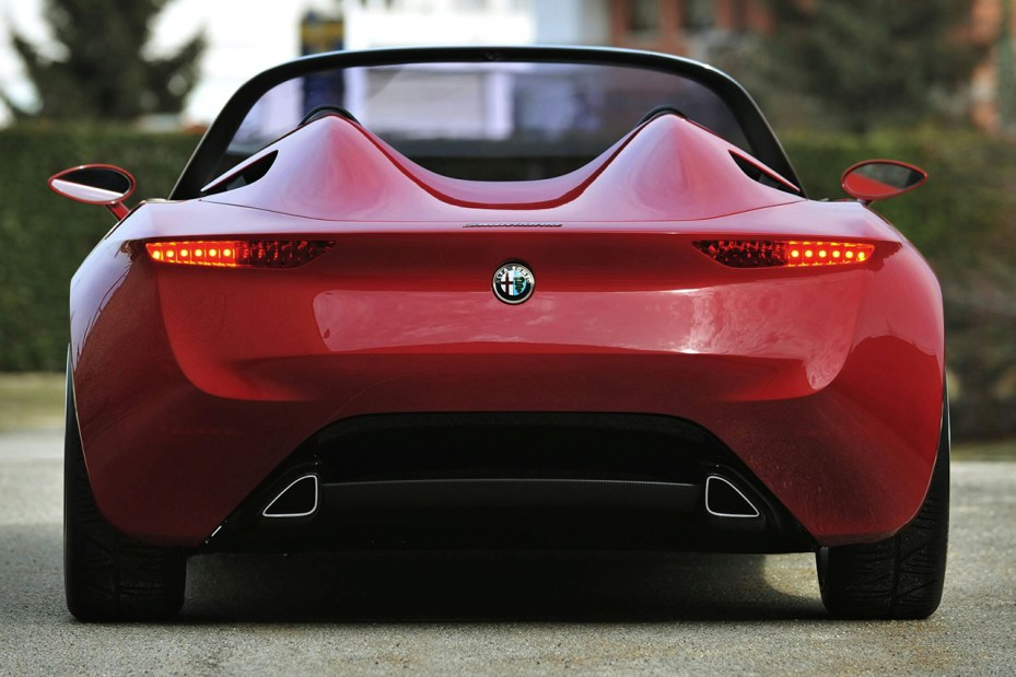 Image of Pininfarina Alfa Romeo 2uettottanta Concept is Set for Production in 2015