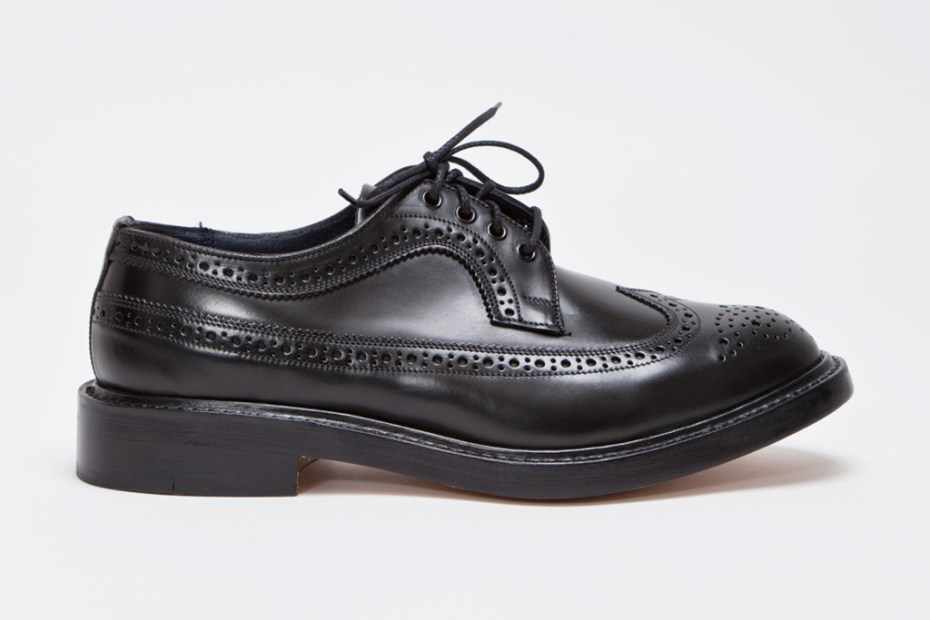 Image of Tricker's for Très Bien Longwing Brogue Cordovan Cipresso