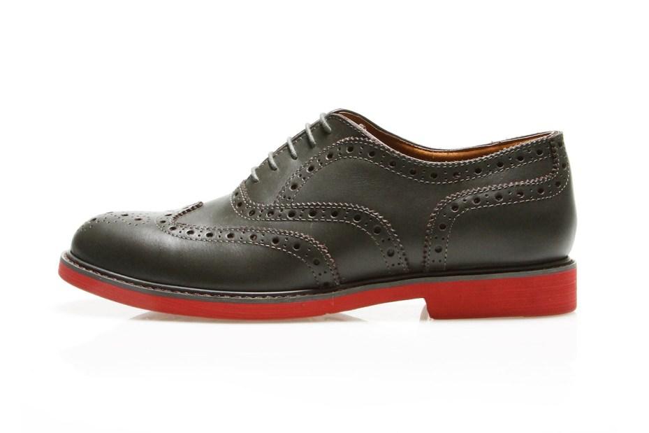 Image of VANQUISH Wingtip Shoes