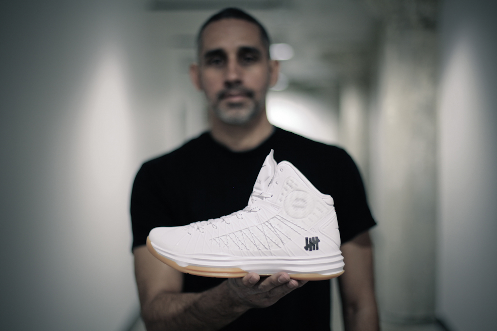 "Image of Eddie Cruz of Undefeated Talks About Their Nike ""Bring Back"" Pack"