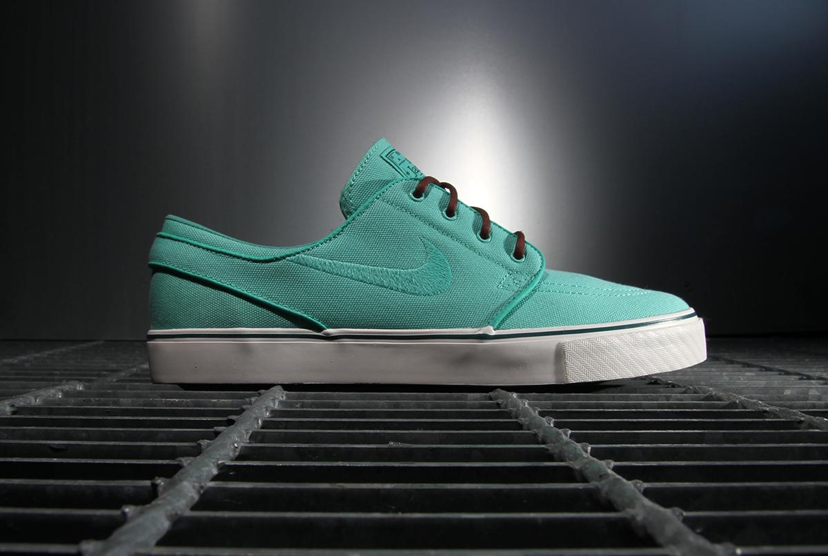 "Image of Nike SB 2013 Spring/Summer Zoom Stefan Janoski ""Crystal Mint"""
