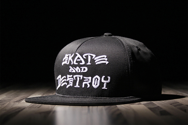 "Image of Thrasher ""SKATE AND DESTROY"" Snapback"