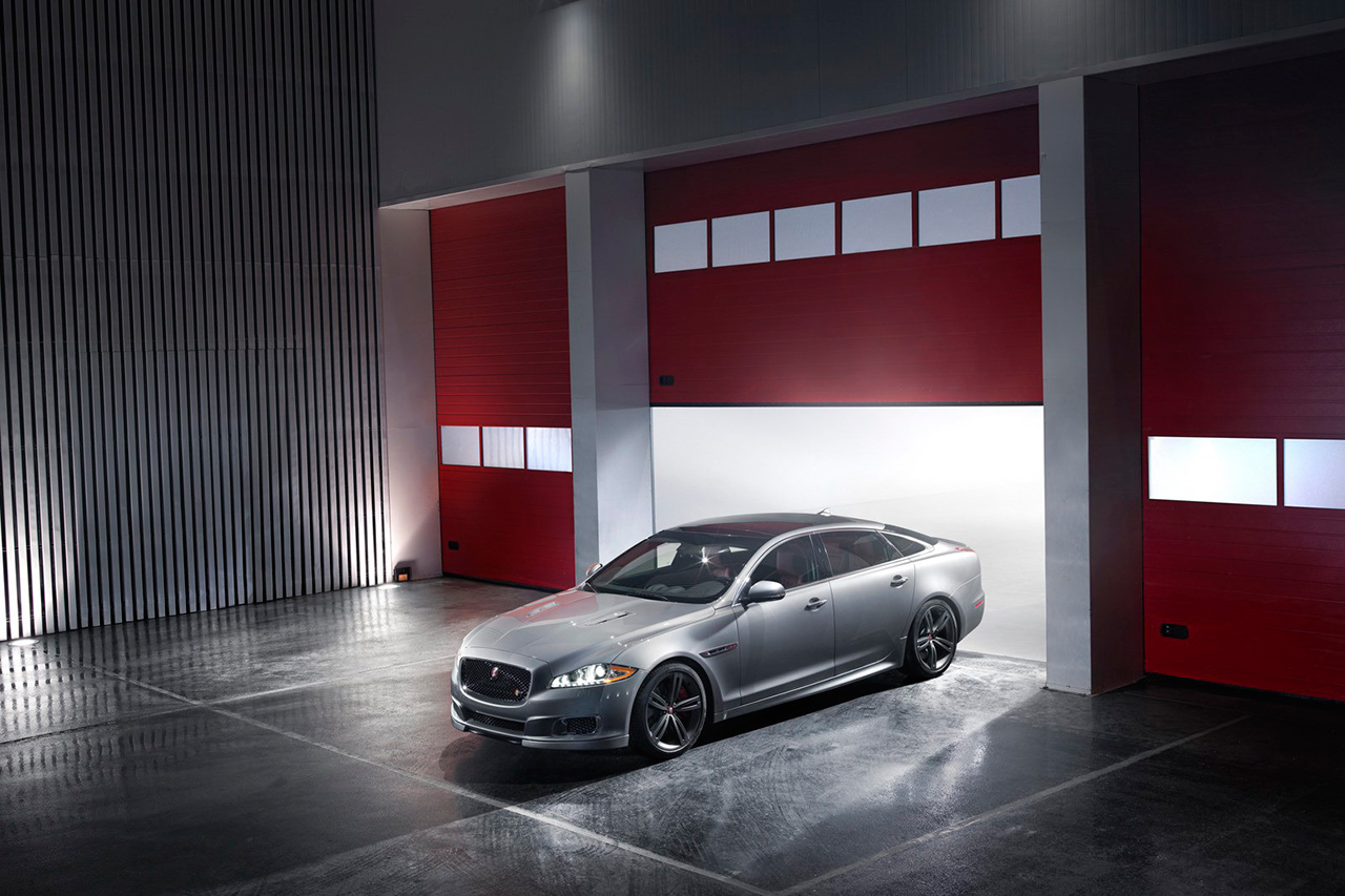 Image of 2014 Jaguar XJR