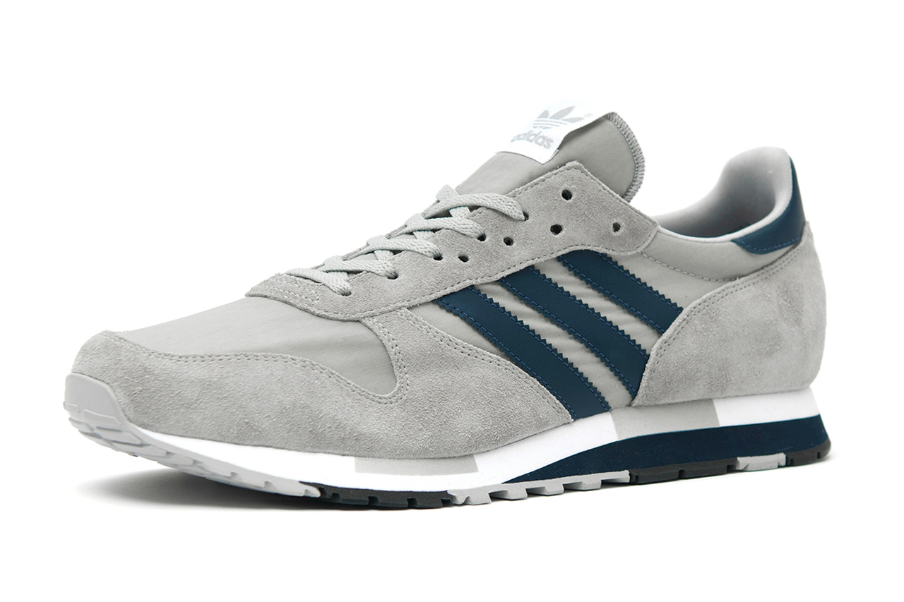 Image of adidas Originals Centaur OG Grey/White/Dark Navy size? Exclusive