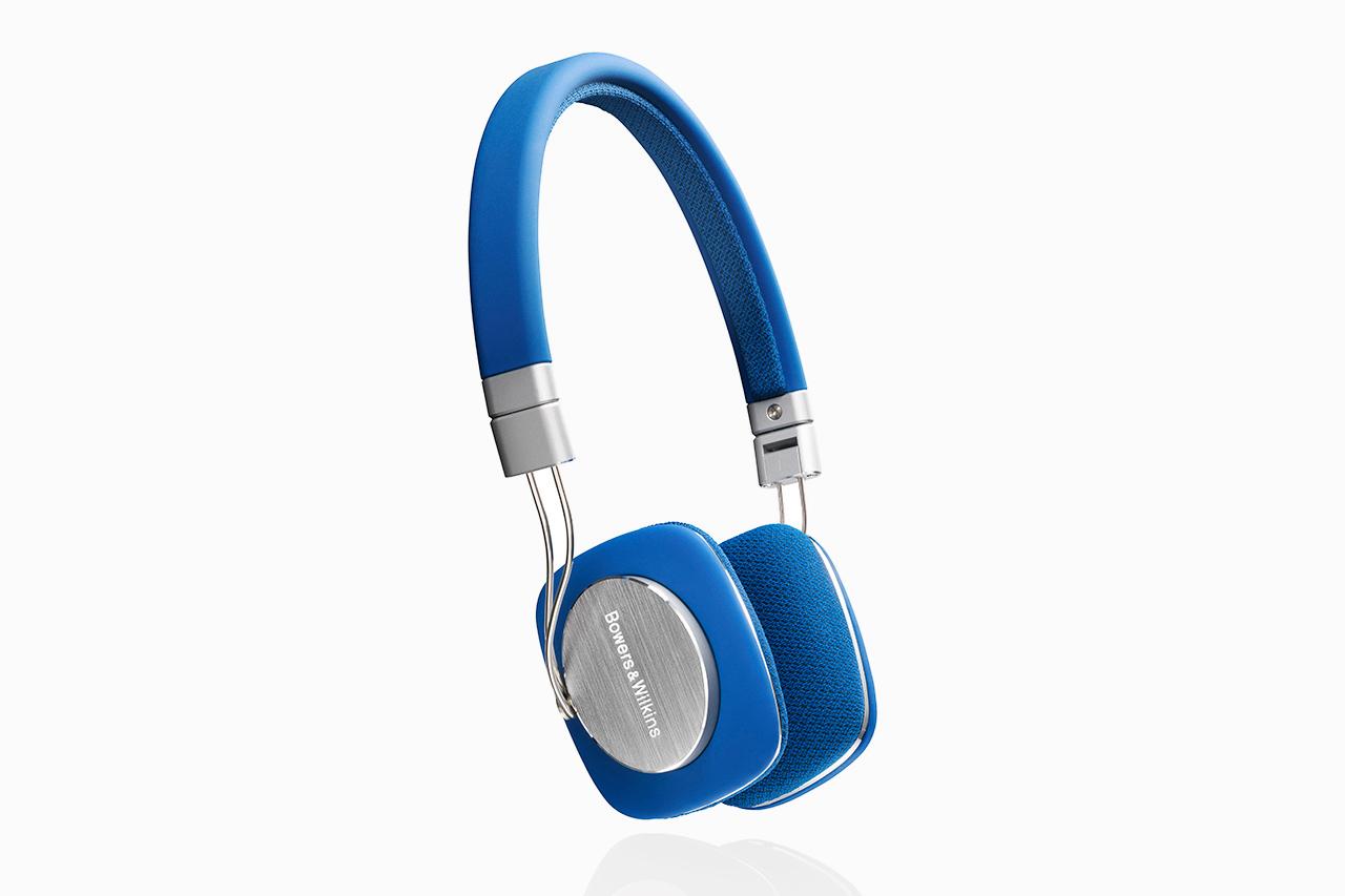Image of Bowers & Wilkins P3 Headphones in Blue