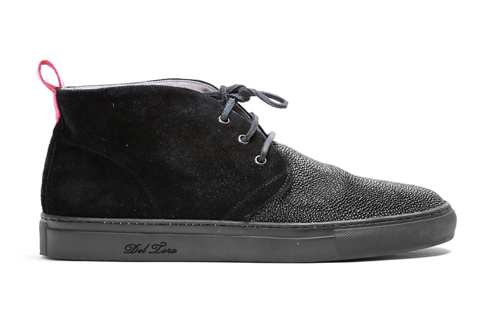 Image of Del Toro Caviar Stingray Panel Alto Chukka Sneaker
