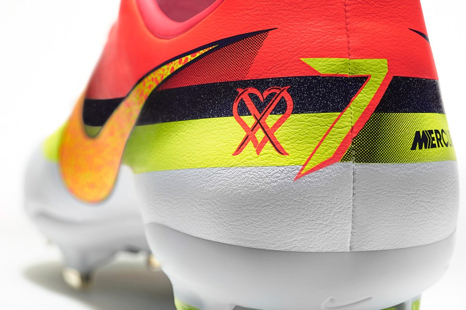 Image of Nike 2013 Spring/Summer CR Mercurial Vapor IX Boot