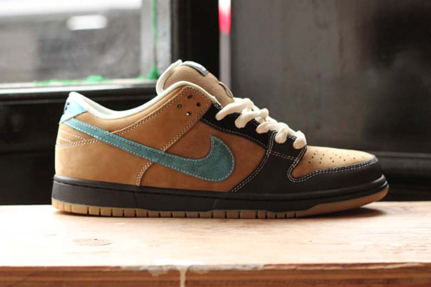 "Image of Slam City Skates x Nike SB Dunk Low Pro ""Slam Dunk"" 2013 Reissue"