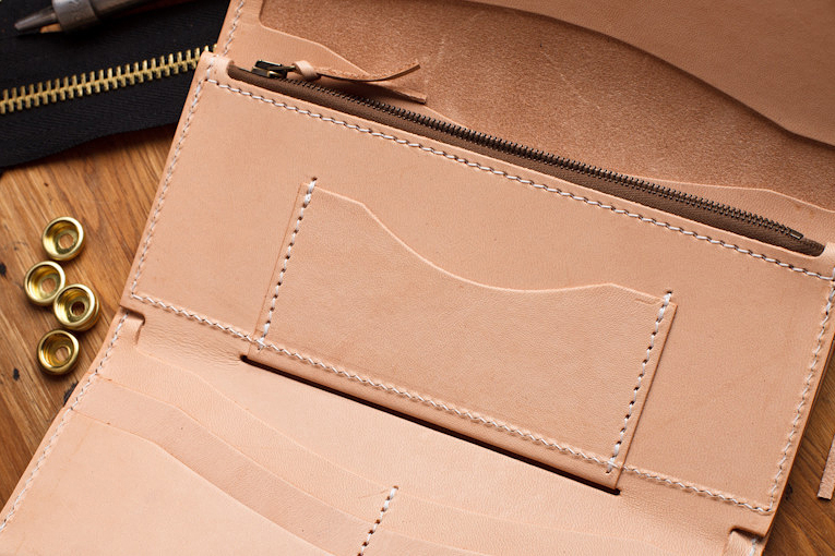 Image of Tanner Goods 2013 Spring Tradesman Wallet