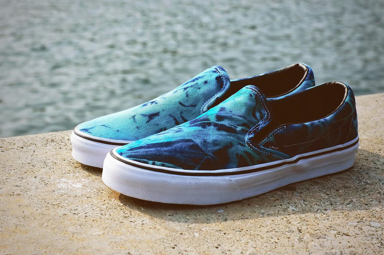 """Image of Vans 2013 Spring/Summer Classic Slip-On """"Tie Dye"""""""