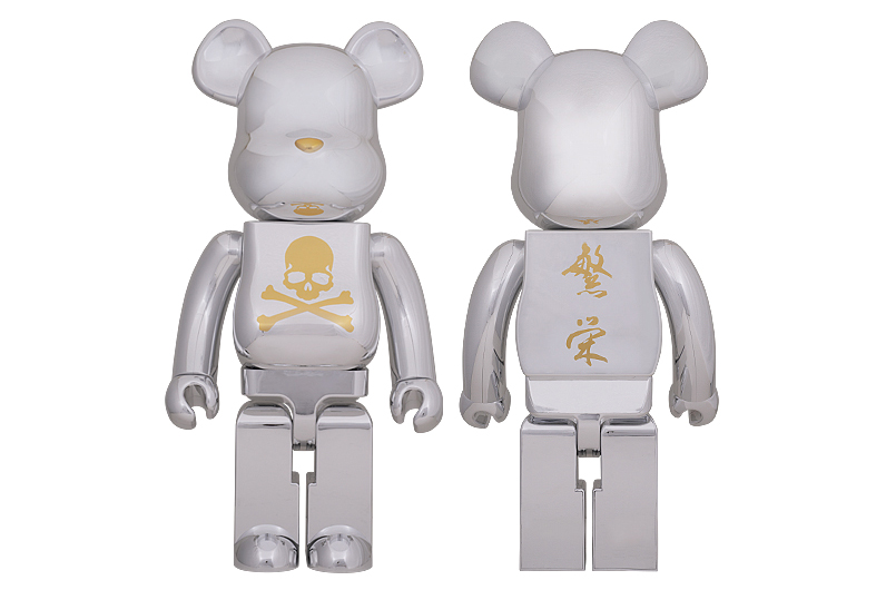 Image of mastermind JAPAN x MEDICOM TOY BEARBRICK CHROME SILVER Collection