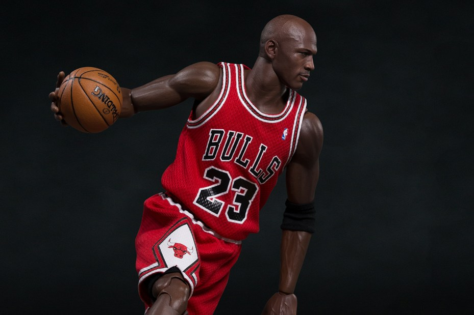 "Image of Michael Jordan 1/6 Scale ""#23 Away"" Figurine by ENTERBAY"