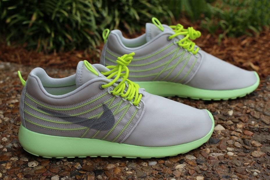 Image of Nike Roshe Run Dynamic Flywire Grey/Cyber