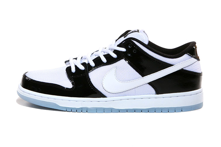 "Image of Nike SB Dunk Low Pro ""Concord"""