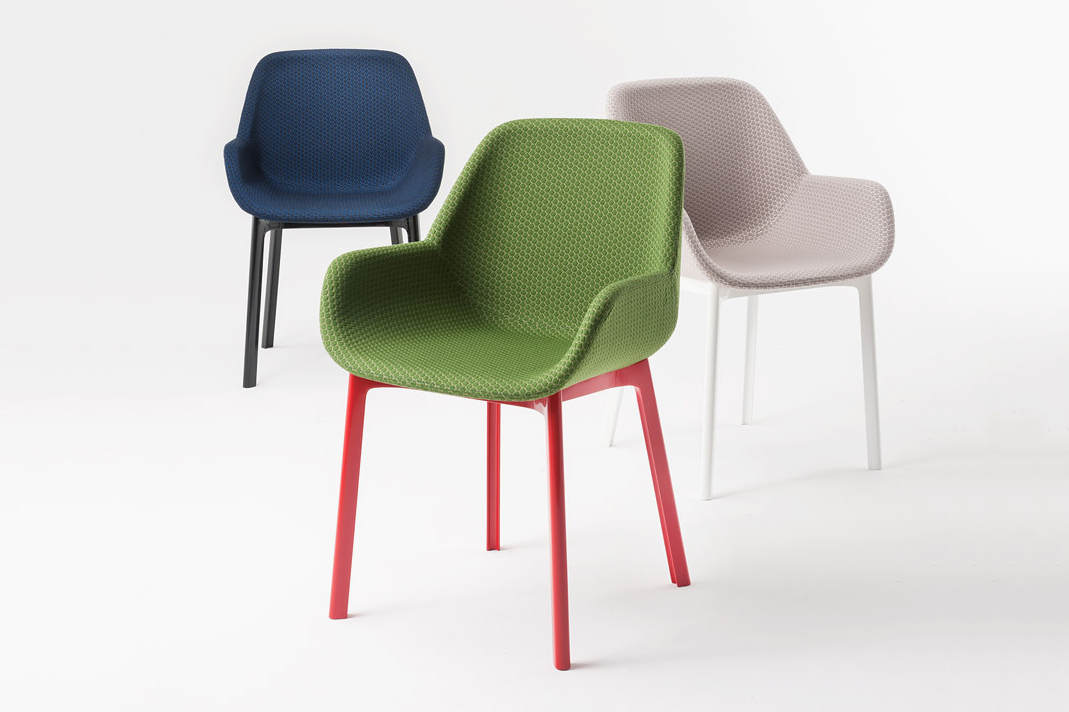 Image of Patricia Urquiola's Clap Chair for Kartell