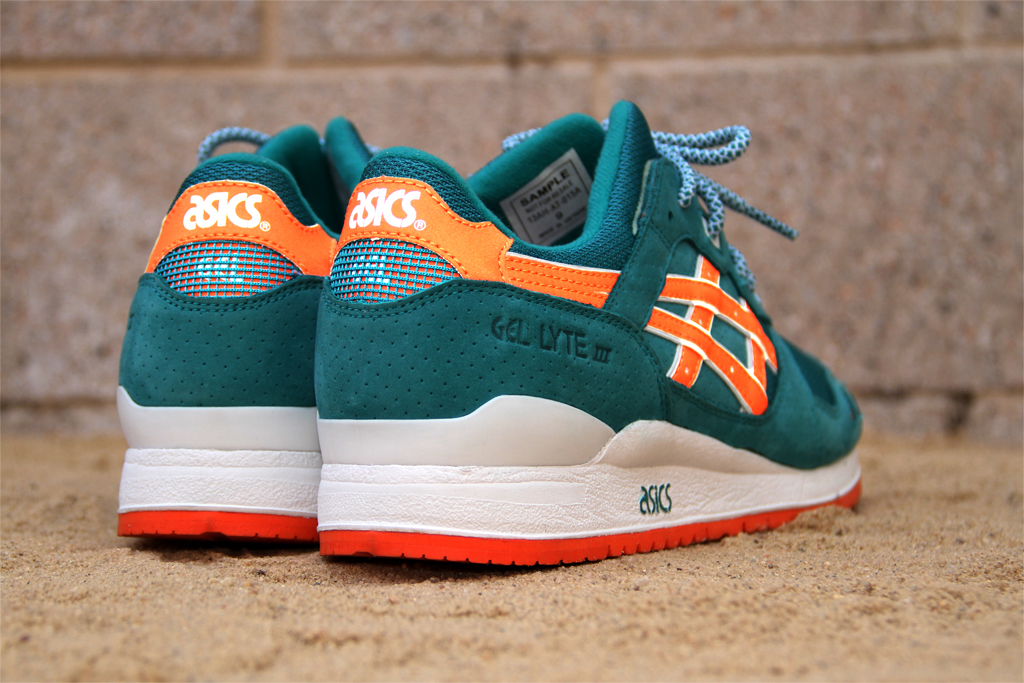 http://www.highsnobiety.com/news/wp-content/uploads/2008/10/david-z-asics -gel-lyte-3-1.jpg