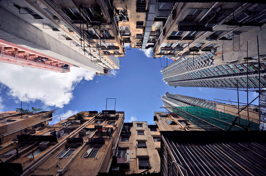 Image of Vertical Horizon of Hong Kong by Romain Jacquet-Lagreze