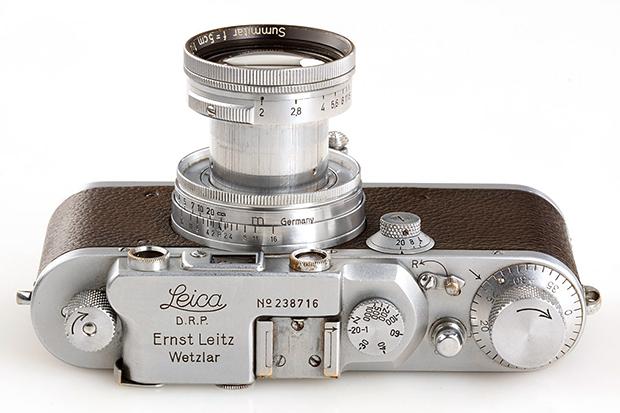 Image of Alfred Eisenstaedt's Leica IIIa Rangefinder Sells for €114,000 EUR