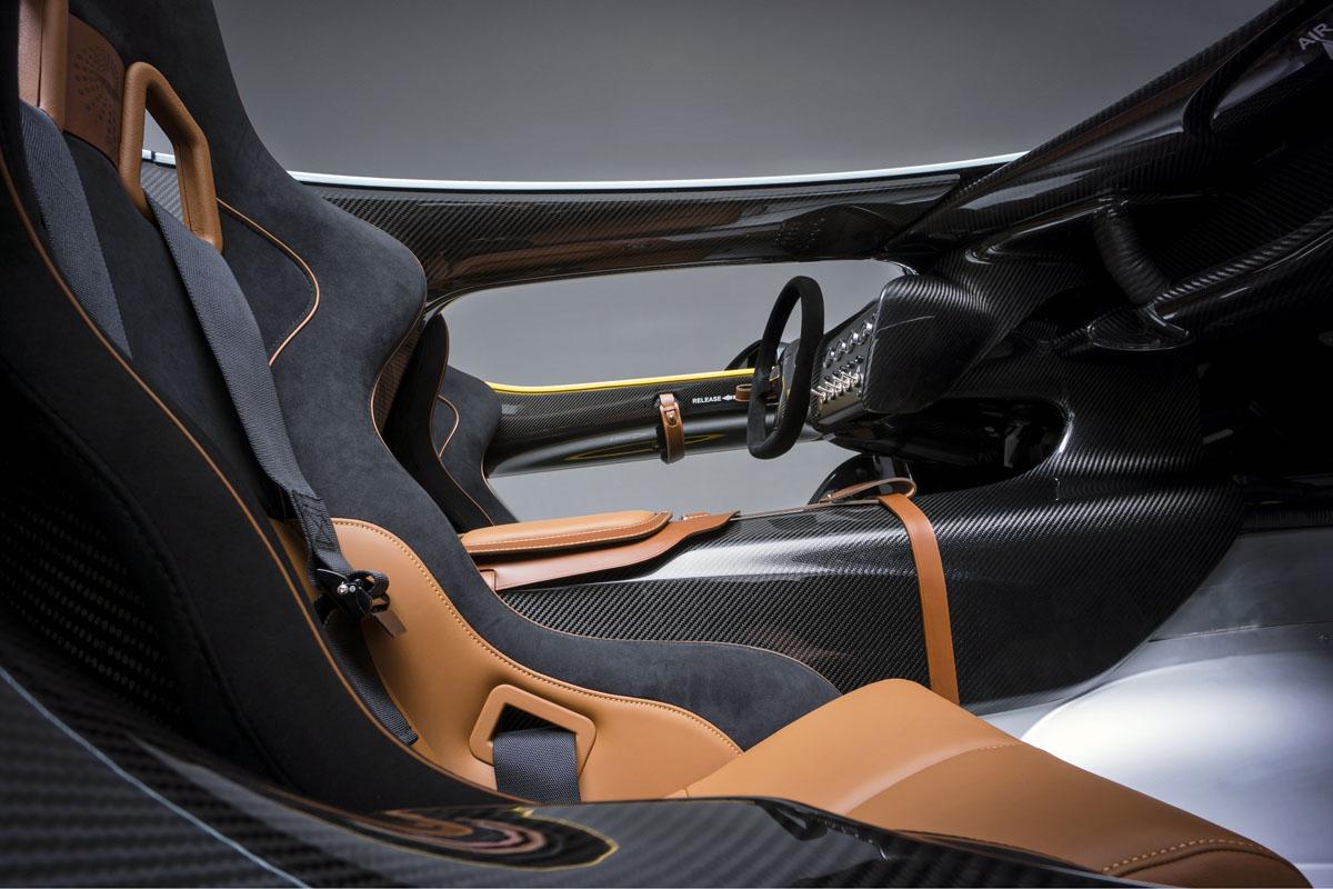 Image of Aston Martin CC100 Speedster Concept